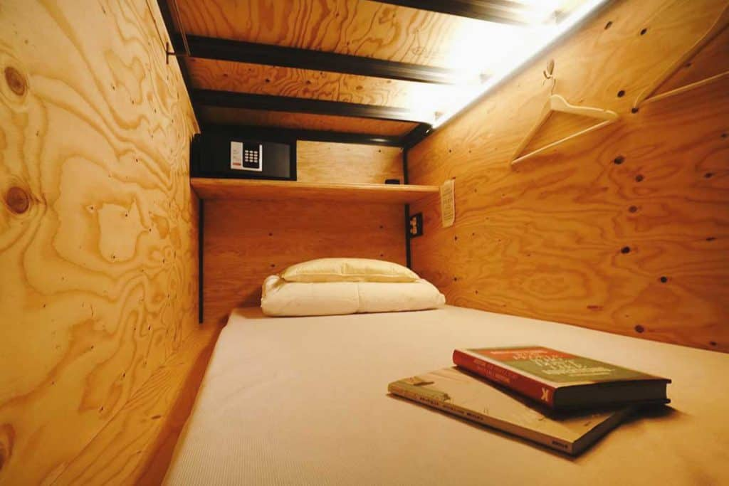 capsule bed at Book and Bed Tokyo