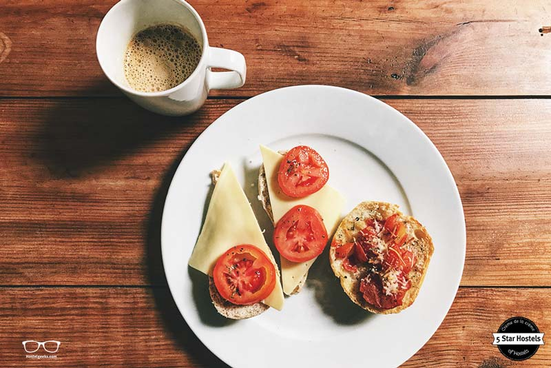 The breakfast at The Passenger Hostel in Porto