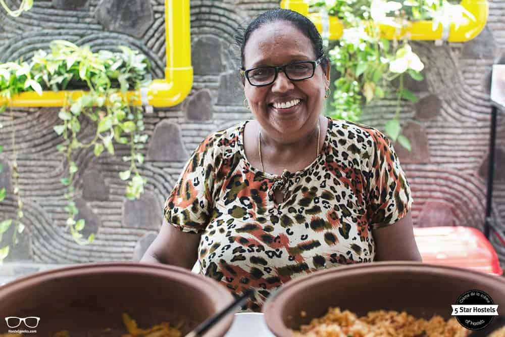 Samanthi and her smile, she will be your hostel mama: Breakfast at Bunkyard Hostel cooked by Samanthi