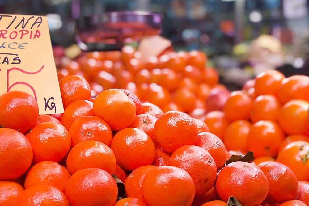 Fresh oranges in the central market