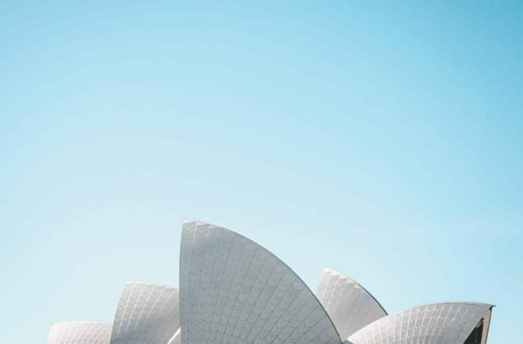 3 Best Hostels in Sydney - Opera House, Rooftop Terraces and Hipsters