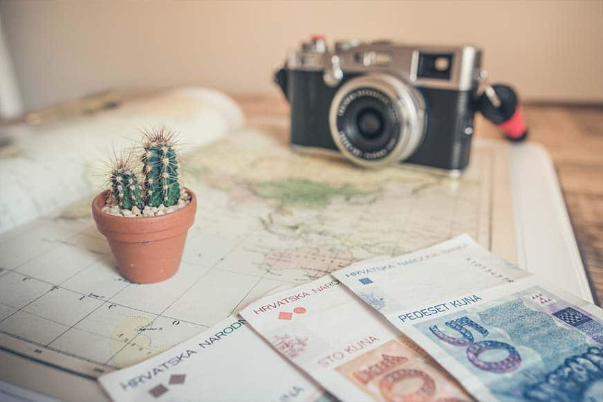 Using Cash when Traveling