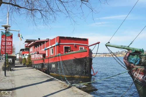 The Red Boat Malaren a fun Hostel in Stockholm, Sweden