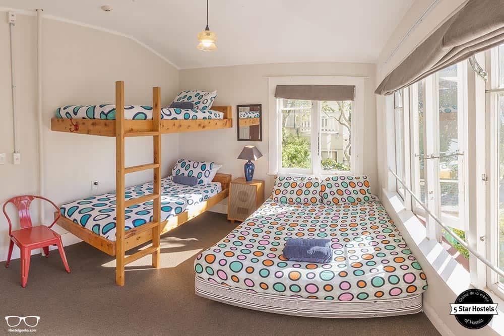 Triple room at The Dwellington Hostel - Honest review