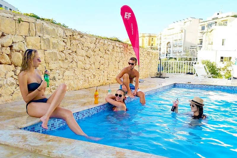 Best Hostels in Malta for Solo-Travellers? You cannot go wrong with Inhawi