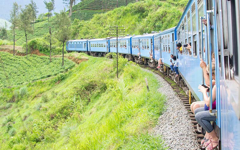 19 BEST Things to Do in Kandy, Sri Lanka 2019 (Train, Temple