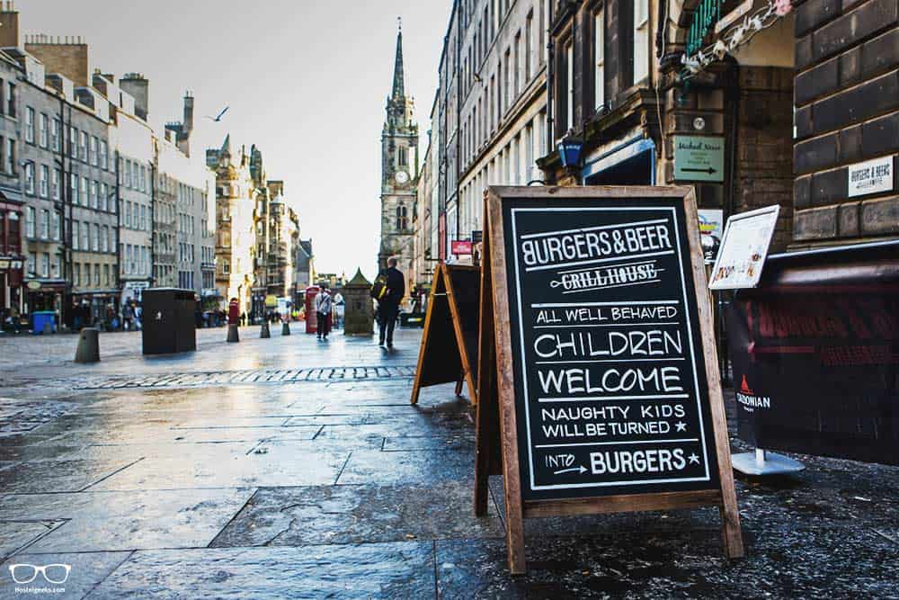 How to eat cheaply in Edinburg? Go to a pub