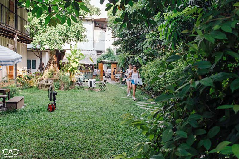 The Yard Hostel one of the best hostel in Bangkok for groups