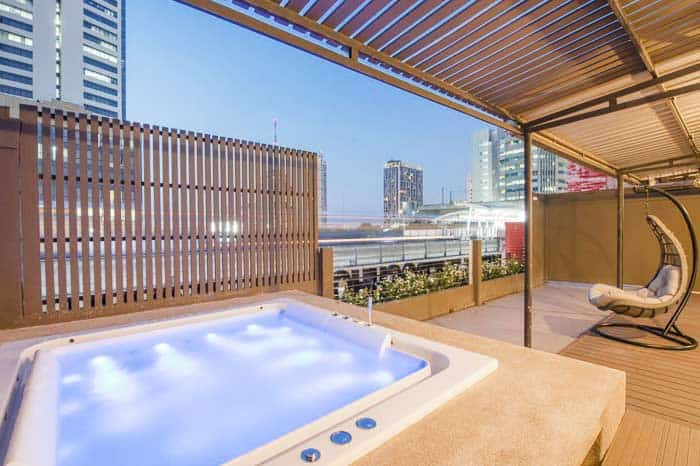 The Posh Phayathai - one of the best hostels in Bangkok with a Jacuzzi on a terrace