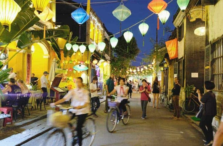 3 Best Hostels in Hoi An, the most Picturesque Village in Vietnam (and what nobody else tells you!)