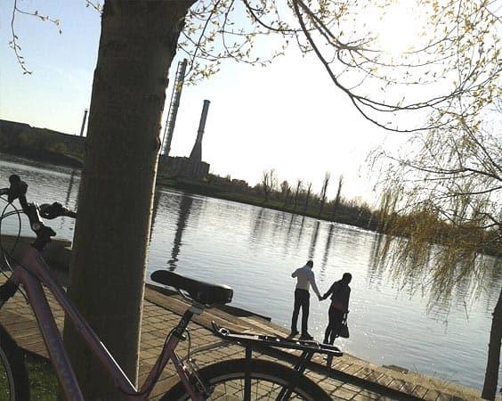Relax: Kopaszi Gát, Park and Harbor