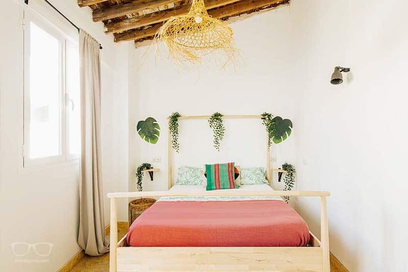 Where to stay in Malaga on a budget and in style? The answer is this 5 Star Hostel