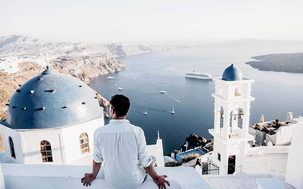 Best hostels in Santorini, Greece