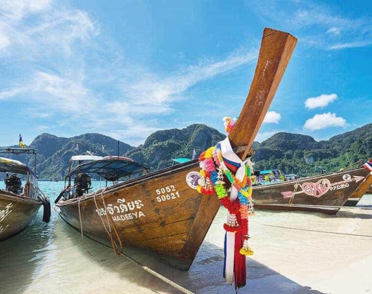 57 Best Hostels in Thailand - Full Backpacking Guide from North to South
