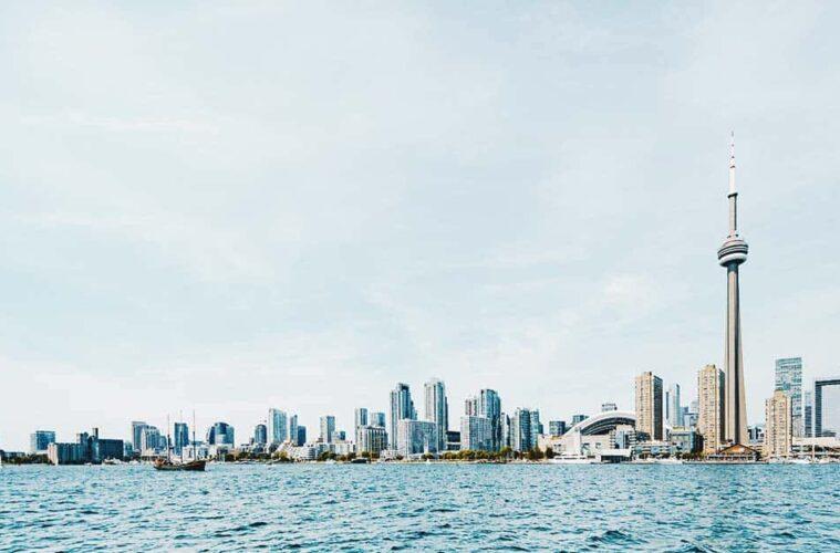 Best Hostels in Toronto, Canada