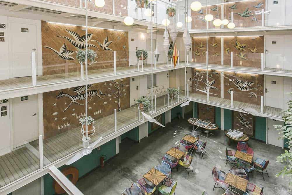 Cool hostel Da Lapa design