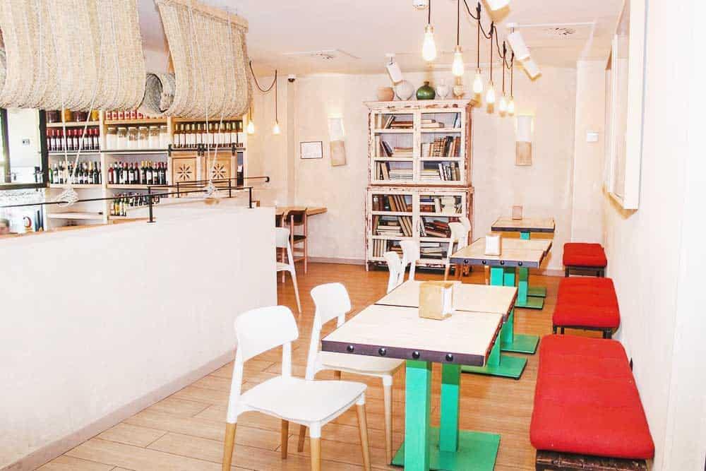 Restaurant at Seville TOC Hostel