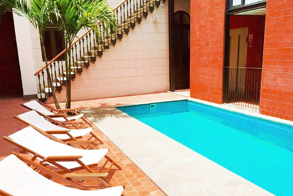 relax at one of the best hostels in Rio de Janeiro Brasil Villa 25