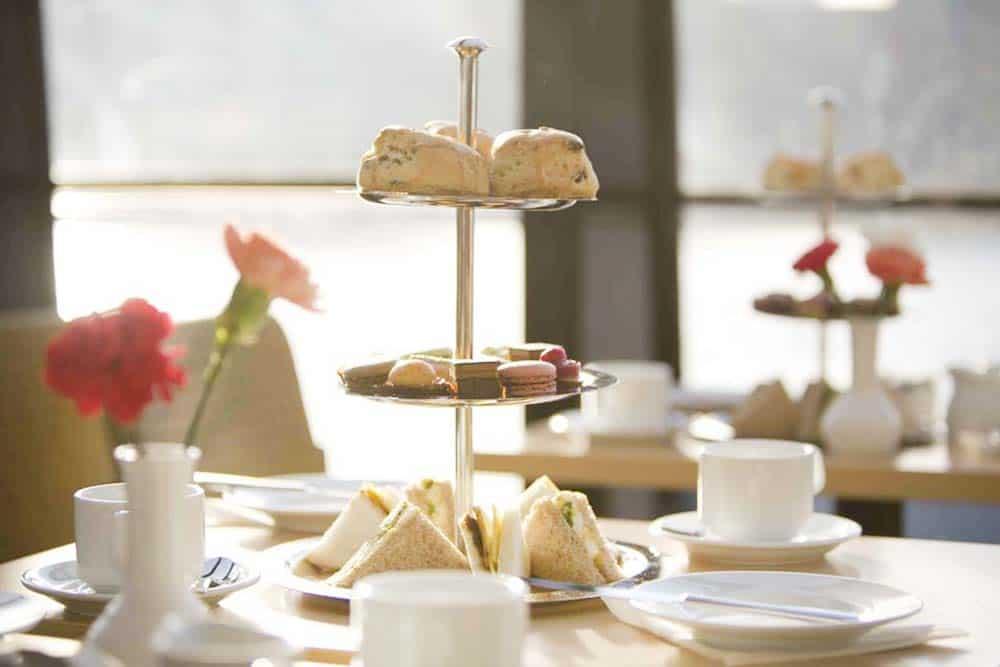 Afternoon tea cruise London itinterary