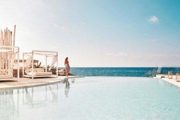 3 Best Hostels in Mykonos, Greece