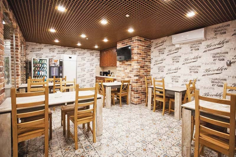 Hostel Ester House offers a big dining area to accommodate all guests