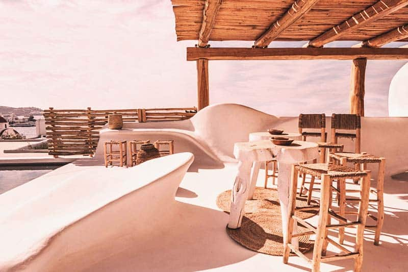 Mycocoon Hostel offers an outside bar so you can relax and have a drink