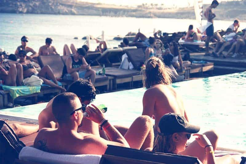 Pool and bar just above the Paraga waters at Paraga Beach Hostel