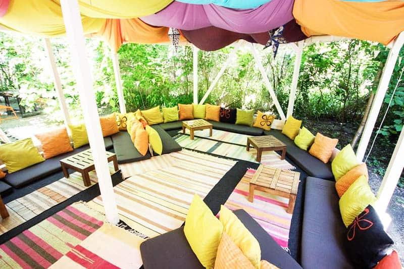 Enjoy the Bucharest atmosphere at Podstel Bucharest's secret garden