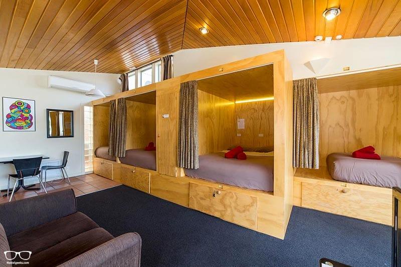Sir Cedrics Tahuna Pod Hostel is one of the best hostels in Queenstown, New Zealand