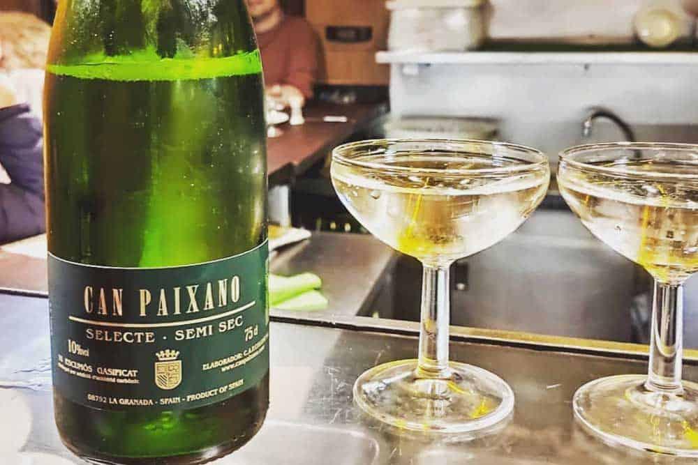 Can Paixano tasty cava in Barcelona