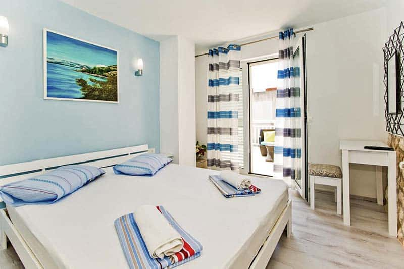 Very clean and comfy rooms at Youth Hostel Villa Marija
