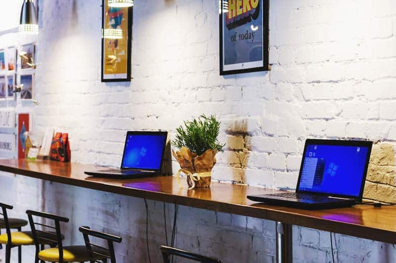 Get to use the hostel laptops for free at Dream House Hostel