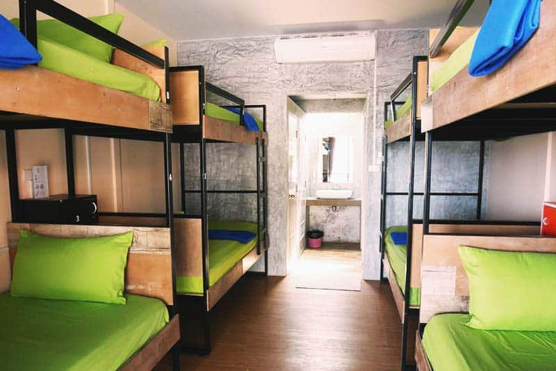 Shared rooms are spacious and clean at Il Mare Koh Phangan Hostel