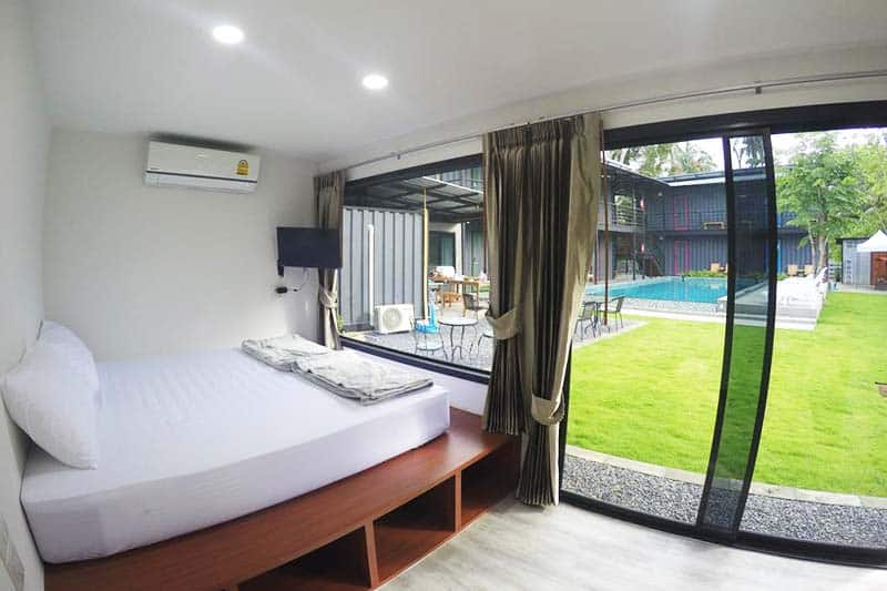 Get a room that has a perfect window view of the outdoor in Na-Tub Hostel