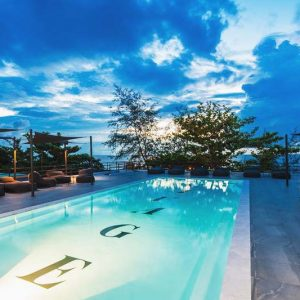 Grab the chance to swim at Savage Hostel Koh Tao pool with an amazing sea view