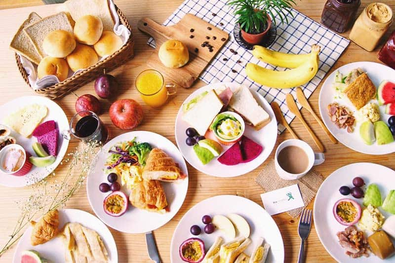 Boost your day with the free buffet breakfast at Star Hostel Taipei Main Station