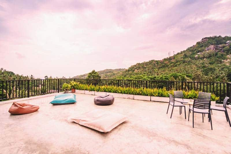 The Dearly Koh Tao Hostel features a terrace that offers a great view of nature and the beach