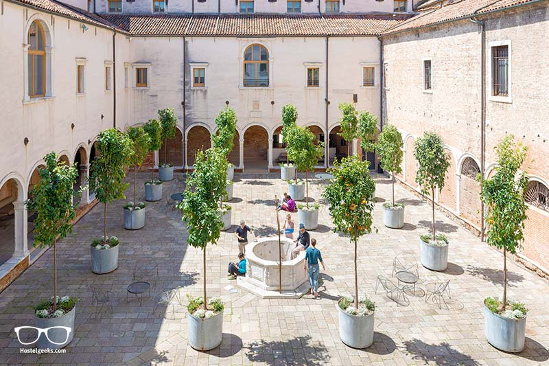 Orange Trees in a former cloister; a perfect setting for staying in Venice as a backpacker
