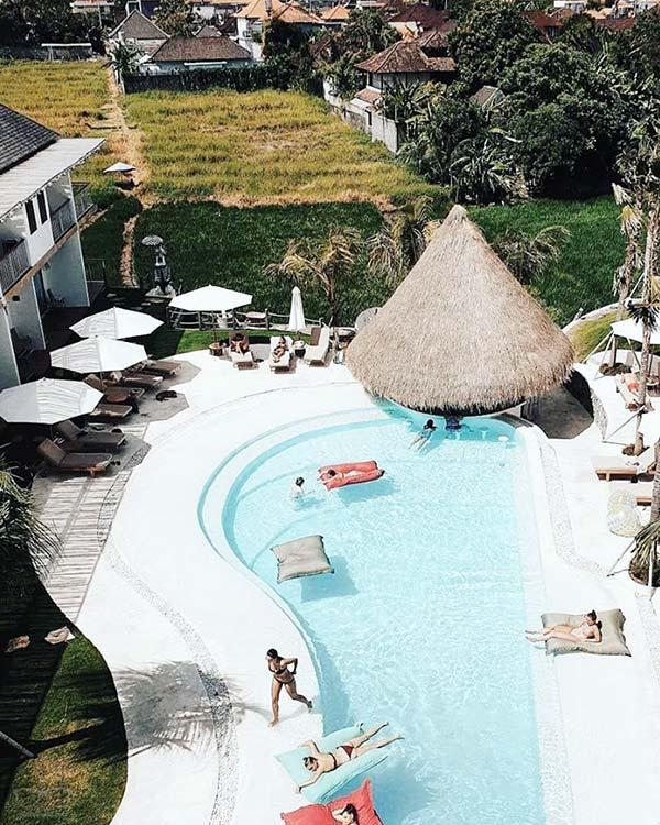 Enjoy the outdoor pool at 5 Star Hostel, Kos One Hostel in Canggu