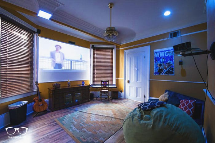 Auberge NOLA Hostel is one of the best hostel in USA, North America