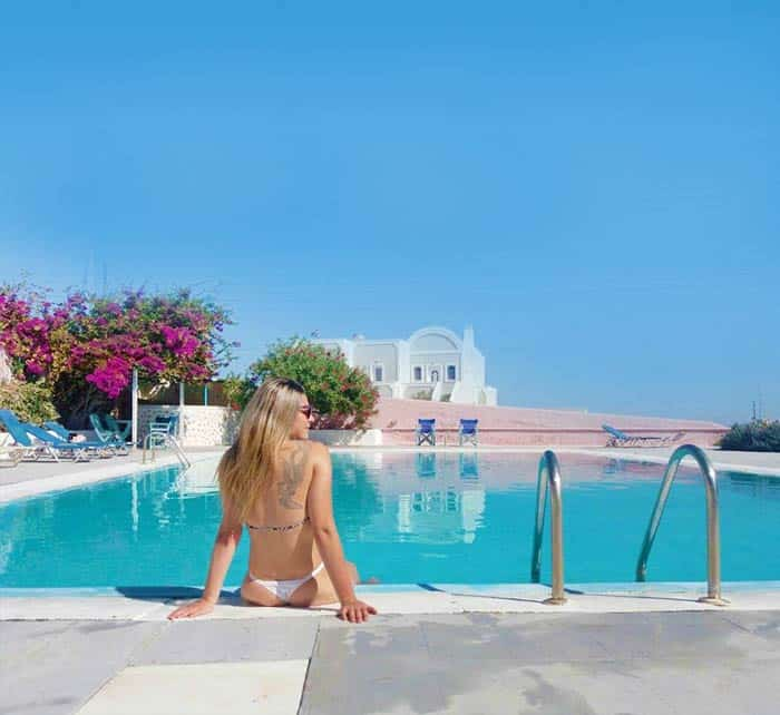 Luxury Hostel in Santorini