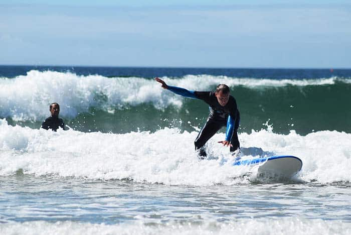 Enjoy the waves and learn to surf at Costa Da Caparica