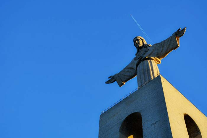 Similar in Rio, Lisbon has its version of Cristo Rei