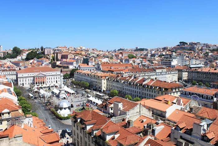 Taste Lisbon in Mercado da Riberia
