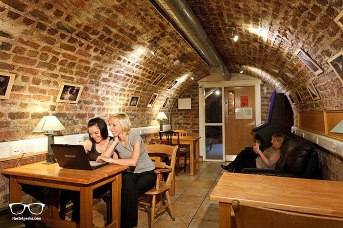 Best hostels in Dublin for couples.