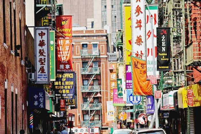 Experience the community and food in Chinatown in New York