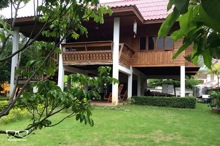 Backpackers Hostel in Chiang Mai. Gongkaew Chiangmai Home.