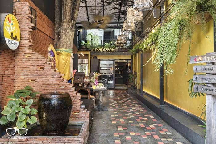 Nappark, great hostel in Thailand for couples.
