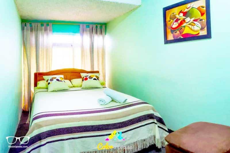Color House Petite