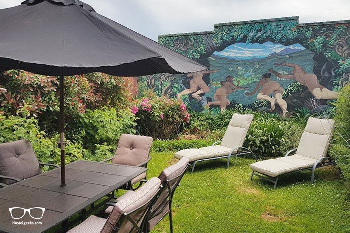 Gazebo Golden Bay Backpackers is one of the best hostels in New Zealand, Oceania